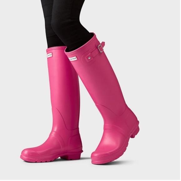 cfc0eace65f1 Hunter Hot Pink Original Tall Matte Rain Boots